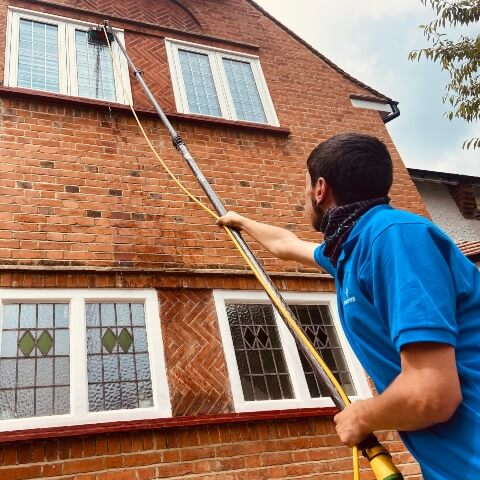 Domestic Window Cleaners in London Image 3